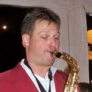 weiße jazz saxo